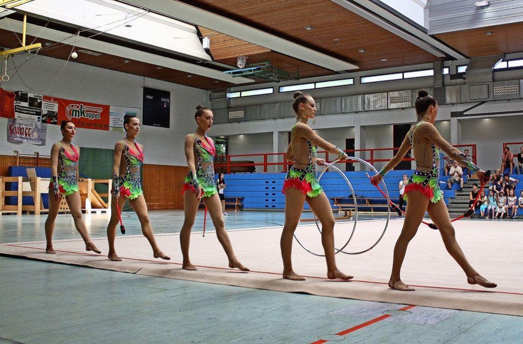Die Gymnastinnen der Nationalgruppe –   Anastasija Khmelnytska, Julia Stavickaja,  Daniela Potapova,  Natalie Hermann und Sina Tkaltschewitsch (von links) – gehen nun getrennte Wege. Foto: