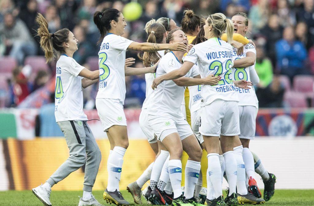 VfL Wolfsburg gewinnt zum fünften Mal in Folge den DFB-Pokal Foto: Bongarts/Getty Images