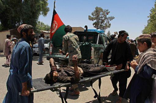 Mindestens 36 Tote bei Anschlag auf Bank in Südafghanistan
