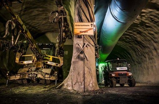 Zum Tunnelbau unter Untertürkheim liegen unterschiedliche Aussagen der Bahn vor. Die Grünen verlangen Aufklärung. Foto: Lichtgut/Max Kovalenko