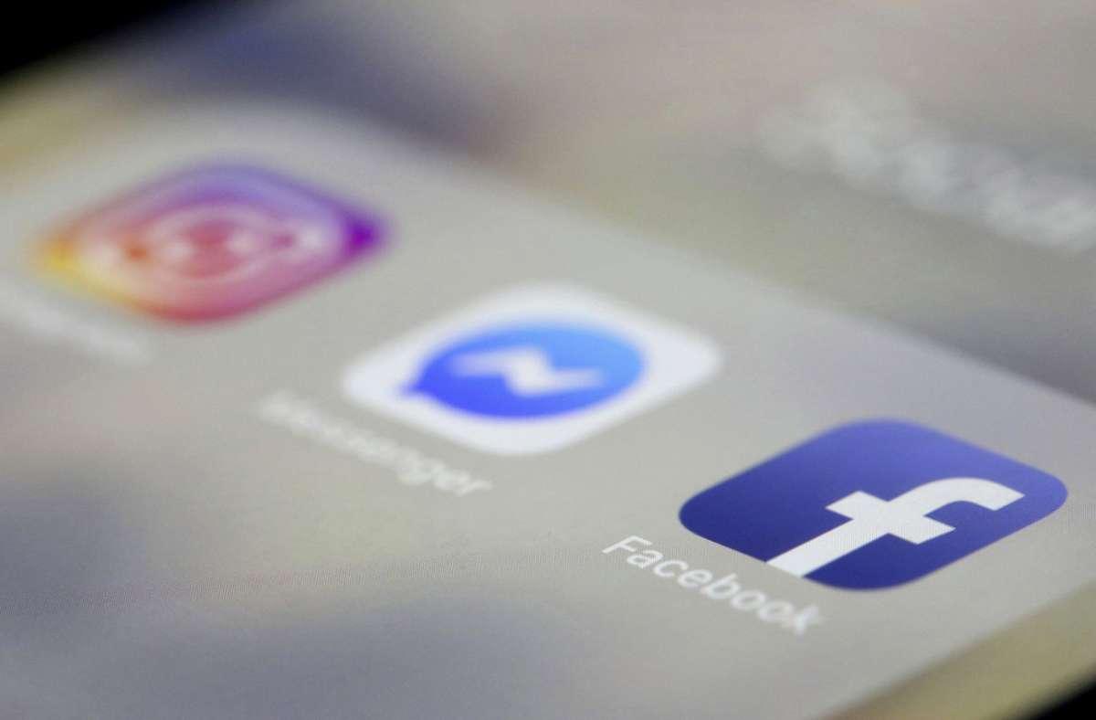 Die Plattformen Facebook, Instagram, Twitter, Tiktok, VKontakte, Odnoklassniki sowie Youtube würden zu einer Geldstrafe verurteilt, hieß es am Mittwoch. Foto: AP/Jenny Kane