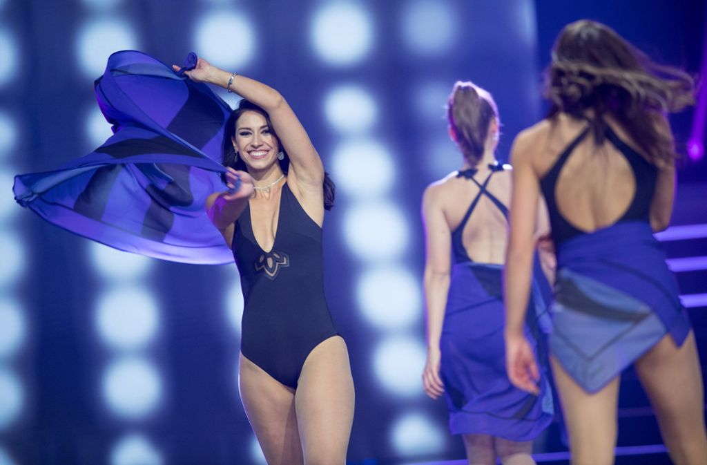 """Weitere Impressionen von der Wahl der """"Miss Germany"""" in Rust. Foto: dpa"""