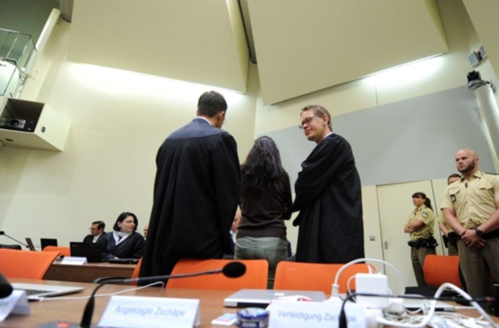 Die Nebenklage im NSU-Prozess hinterfragt die Rolle des V-Manns Corelli. Foto: dpa
