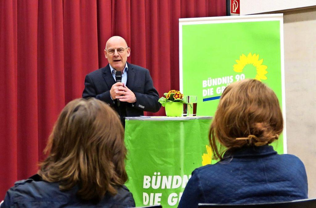 Luftbelastung und Stuttgart 21 sind zwei Themen des Verkehrsministers. Foto: Malte Klein