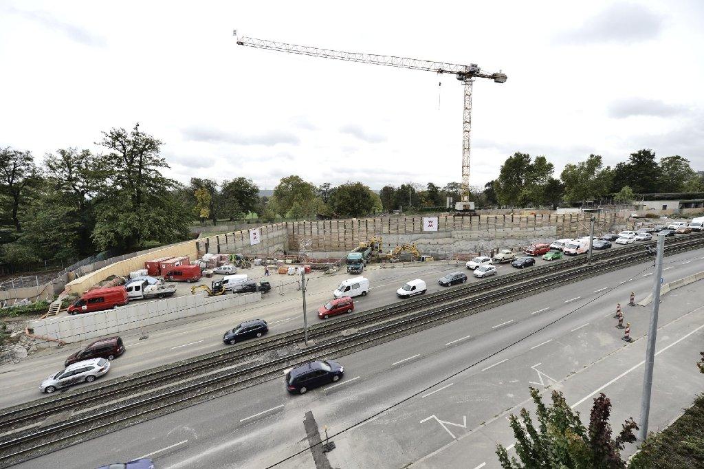 Am Wochenende tut sich eine ganze Menge auf der Baustelle für den Stuttgarter Rosensteintunnel. Foto: www.7aktuell.de |