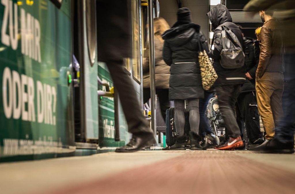 In Stuttgart gab es in der Nacht zum Samstag eine Großkontrolle. Foto: Lichtgut/Max Kovalenko