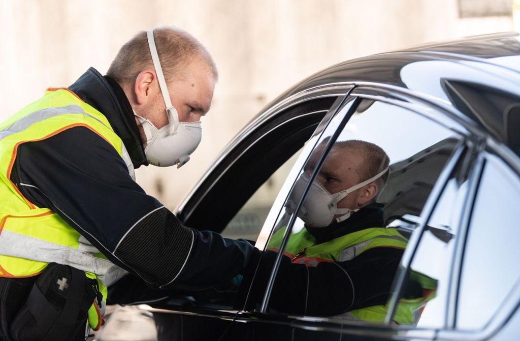 Reisende ohne triftigen Grund dürfen nicht mehr nach Deutschland einreisen . Foto: dpa/Patrick Seeger