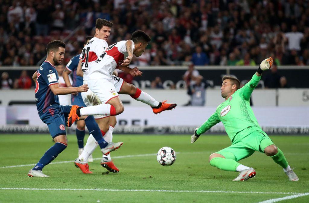 Nicolás González Einsatz gegen den FC Augsburg ist ungewiss. Foto: Bongarts