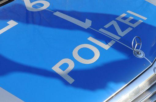 Betrunkener verletzt Polizisten