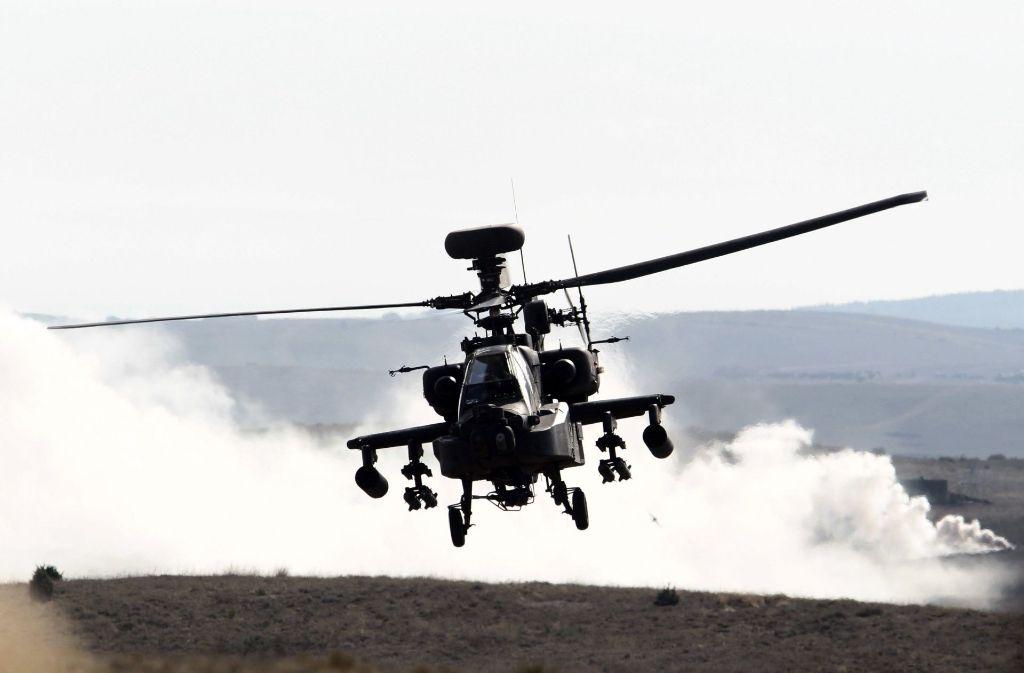 Apache-Kampfhubschrauber waren im Einsatz. Foto: Symbolbild/EFE