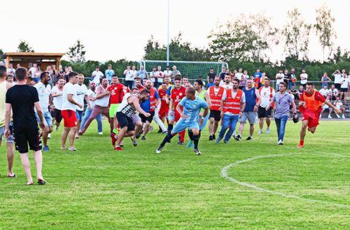 Tumulte überschatten das     Relegationsspiel