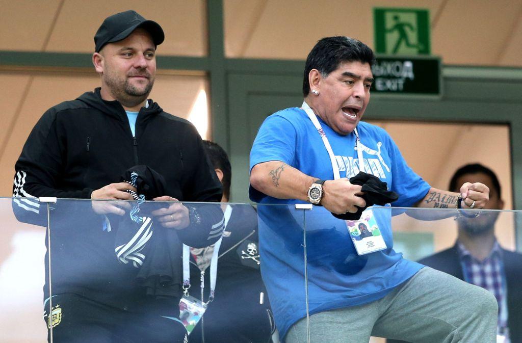 Ein emotionaler Vulkan kurz vor dem Ausbruch: Diego Armando Maradona (rechts). Foto: Getty Images Europe