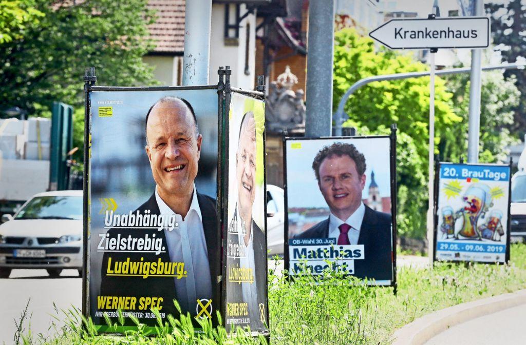 In Ludwigsburg stehen wieder Wahlplakate. Fünf Bewerber werden zur  OB-Wahl am 30. Juni antreten. Foto: privat