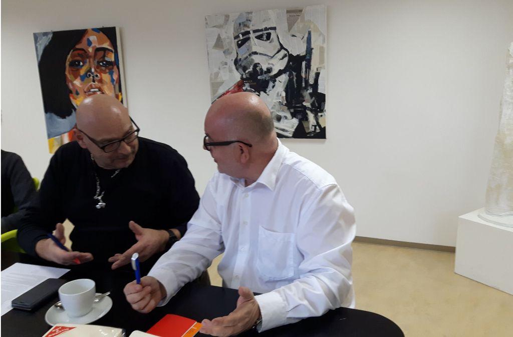 Alexander Probst (links) und Detlev Zander im Gespräch. Foto: privat