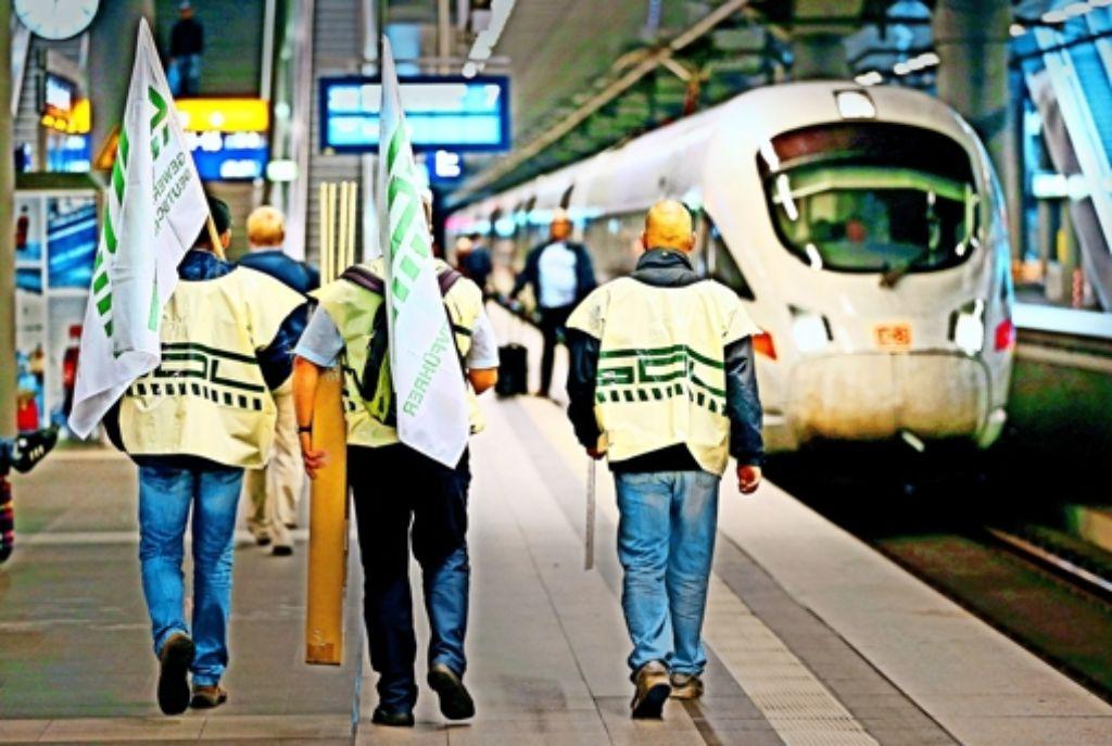 Die aktuellen Aktionen der Lokführergewerkschaft GDL bei der Deutschen Bahn haben der Frage nach dem Streikrecht für kleinere Gewerkschaften neue Brisanz verliehen. Foto: Getty