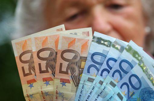 SPD will Geringverdienern 447 Euro pro Monat mehr geben