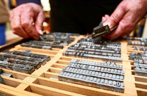Hemmingen zeigt das kleinste Buch der Welt