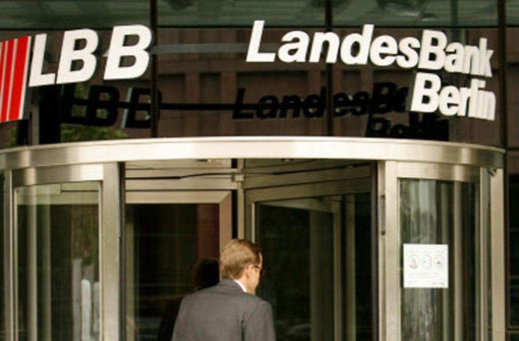 Die Kreditwürdigkeit der Landesbank Berlin und deren Hypothekentochter Berlin Hyp wurden von der britischen Ratingagentur Fitch von AA- auf A+ herabgestuft. Foto: dpa