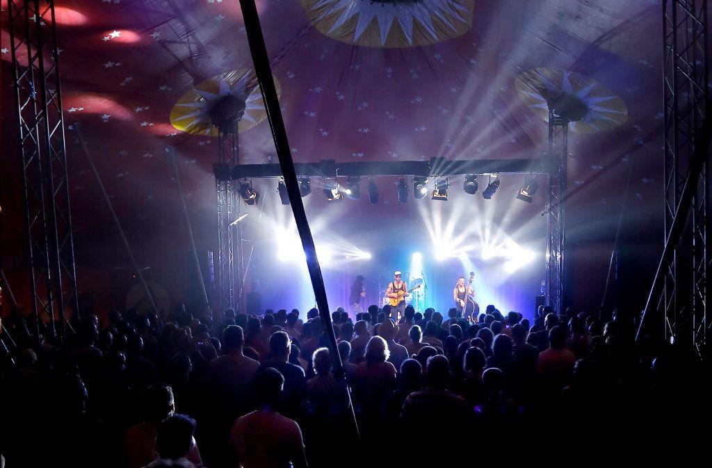 In das große Sommerpalast-Zirkuszelt passen rund 600 Zuschauer. Foto: Veranstalter