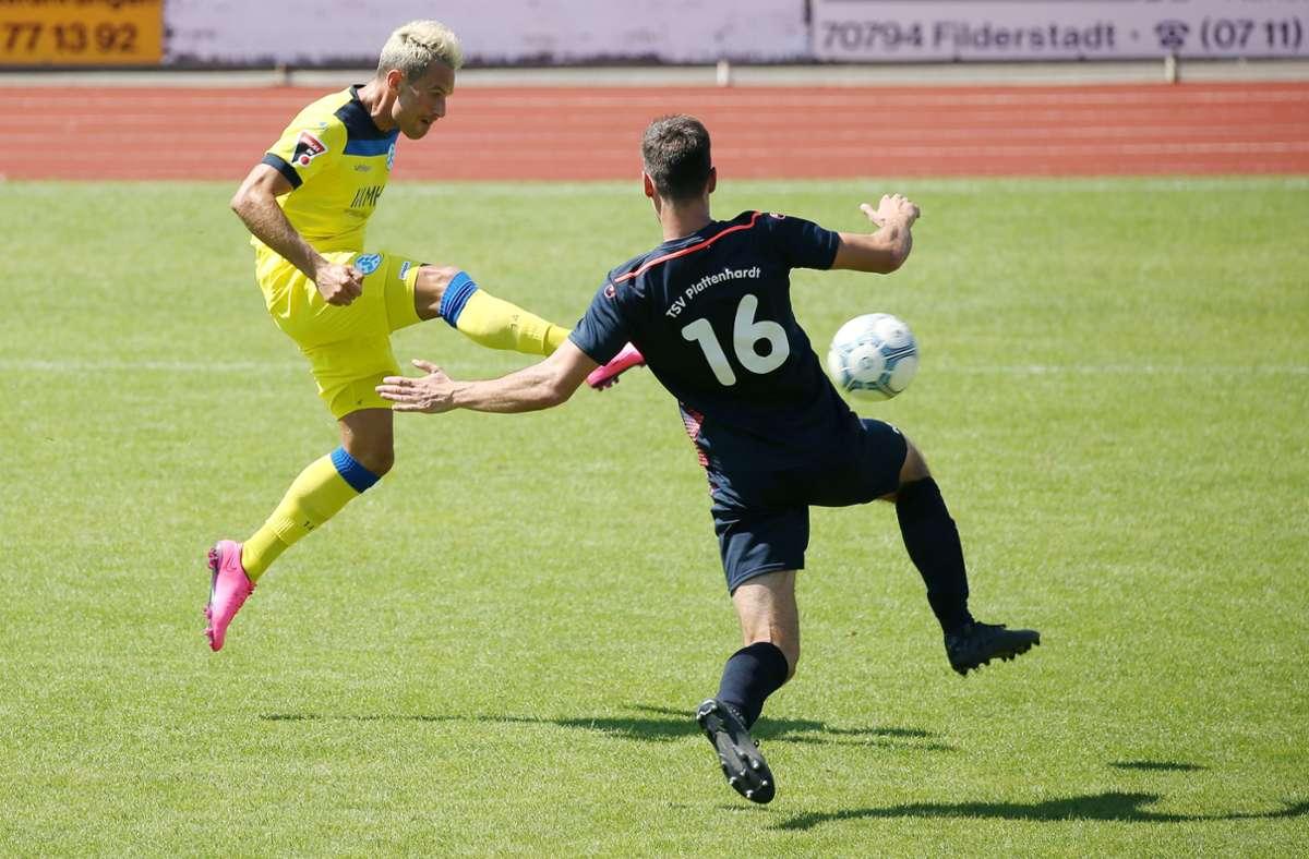 Markus Obernosterer war bei den Stuttgarter Kickers der überragende Mann auf dem Platz. Foto: Pressefoto Baumann/Alexander Keppler