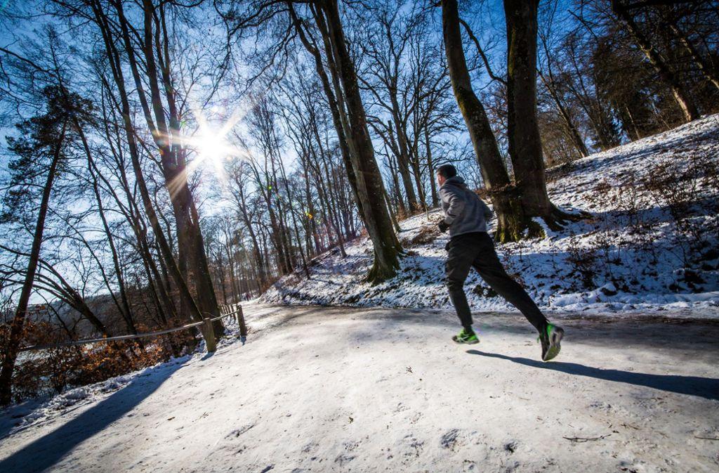 Mit ausreichend Bewegung, wird's auch bei Minusgraden nicht kalt. Foto: Lichtgut / Christoph Schmidt