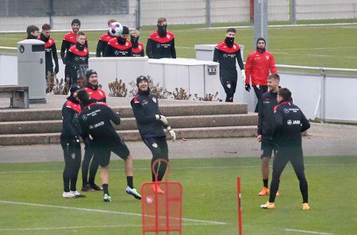 VfB Stuttgart nimmt Training wieder auf
