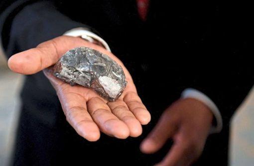 Minenarbeiter finden ungewöhnlich  großen Diamanten