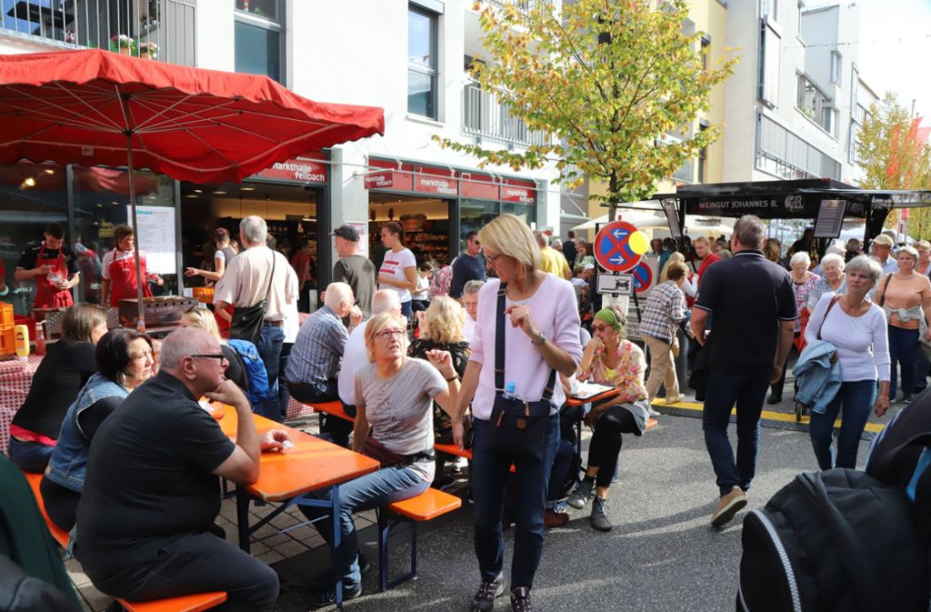 Aufenthaltsqualität in der Stadt: Das Fellbacher  Rathaus-Carrée inklusive der Markthalle gilt als vorbildlich. Foto: Patricia Sigerist