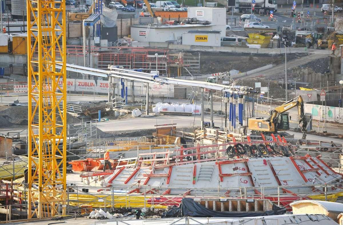 Das S21-Baufeld – hier ist es am Donnerstag zu einem Arbeitsunfall gekommen. (Archivbild) Foto: Lichtgut/Max Kovalenko
