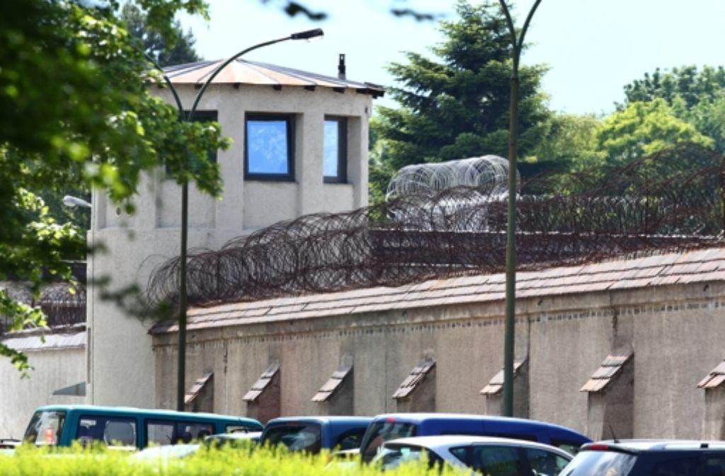 Die Justizvollzugsanstalt Landsberg am Lech: Hier sitzt seit Montag Uli Hoeneß ein. Foto: dpa
