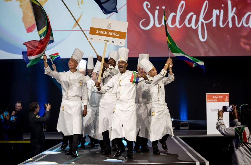 Einzug der Köche bei der Kocholympiade auf der Messe Stuttgart. Foto: Lichtgut/Julian Rettig