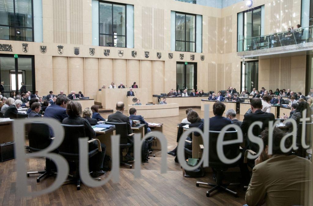Bis zur nächsten Sitzung des Bundesrates am kommenden Freitag sollte ein Vermittlungsergebnis zur Erbschaftsteuer vorliegen. Ob das gelingt, ist ungewiss. Foto: dpa