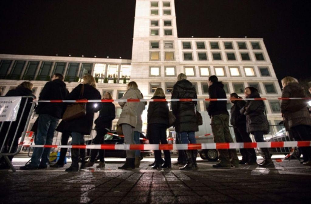 Schlange stehen hieß es bei der 16. Langen Nacht der Museen in Stuttgart. Foto: Michael Steinert