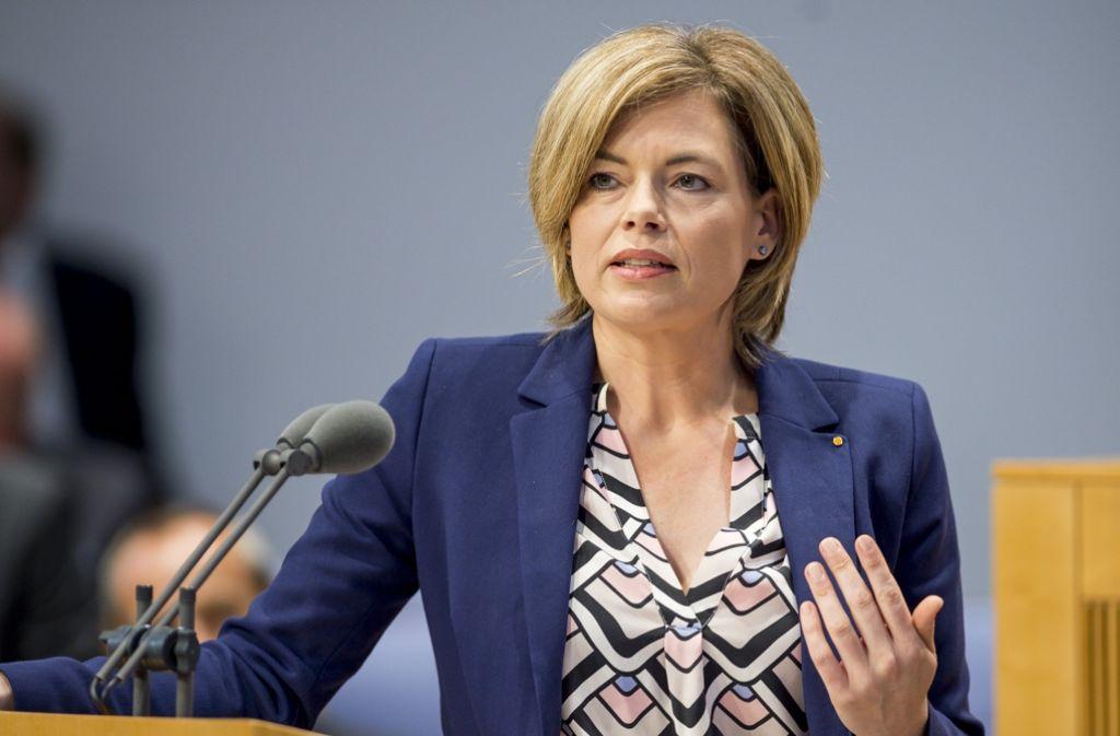 Julia Klöckner reagiert auf die Regierungserklärung von Ministerpräsidentin Malu Dreyer. Foto: dpa