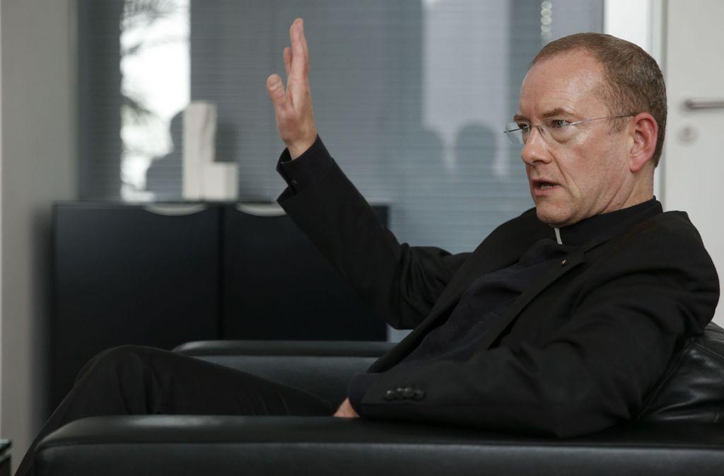 Katholischer Stadtdekan Christian Hermes Foto: Lichtgut/Leif Piechowski