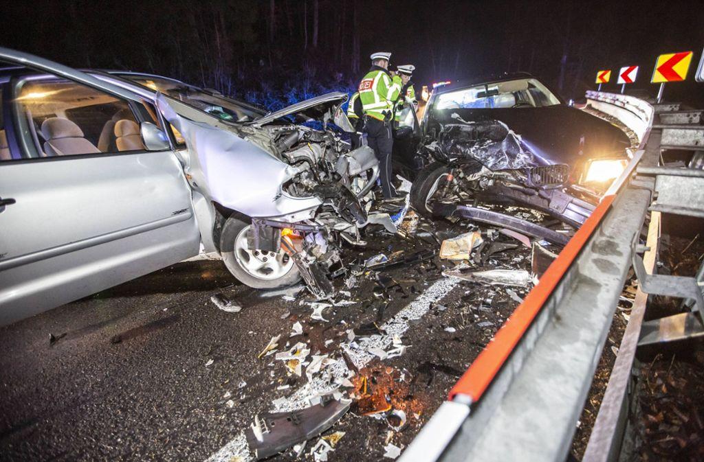 Die Familie und der Unfallverursacher mussten nach dem Unfall ins Krankenhaus. Foto: 7aktuell.de/Simon Adomat