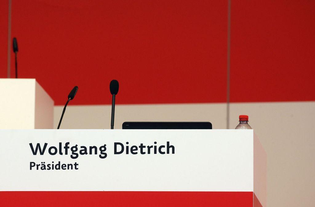 Seit dem Rücktritt von Wolfgang Dietrich im Juli ist der Präsidentenstuhl des VfB Stuttgart verwaist. Foto: Baumann