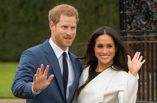 Prinz Harry und Meghan feiern Riesen-Hochzeit