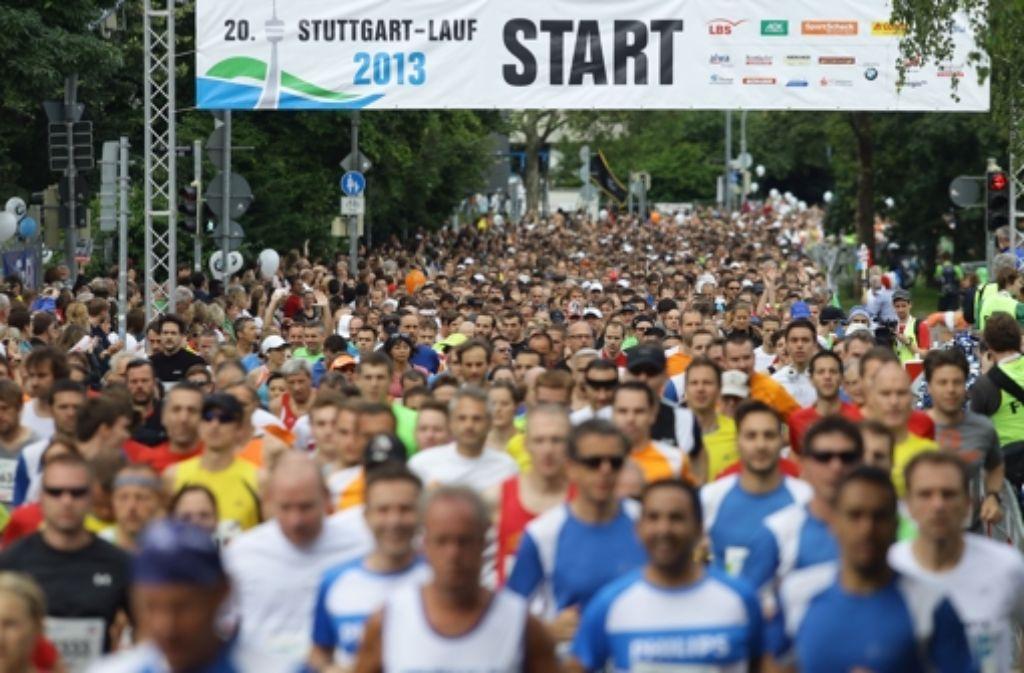 Bei der 20. Auflage des Stuttgart-Laufs sind 19.600 Teilnehmer an den Start gegangen. Foto: Pressefoto Baumann
