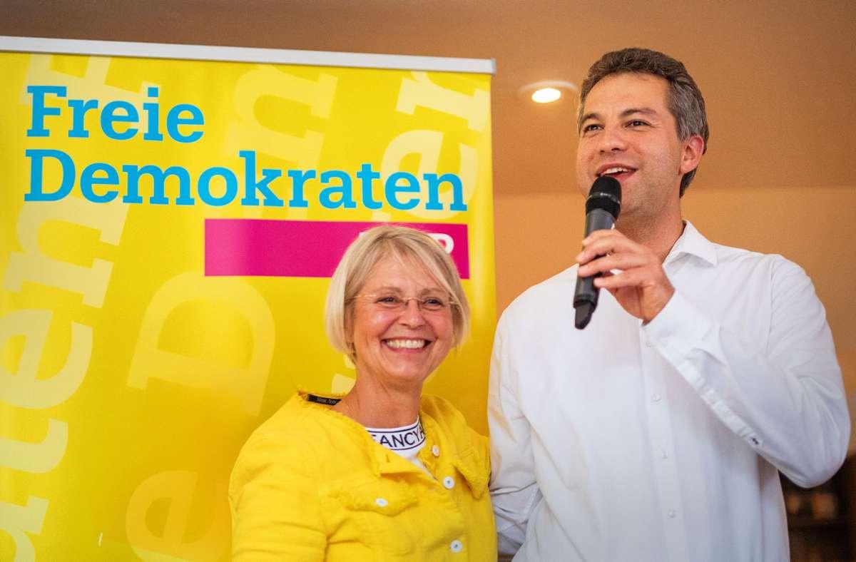 FDP-Kreisvorsitzende Gabi Reich-Gutjahr und Kandidat Tilmur Lutfullin. Foto: Lichtgut/Christoph Schmidt