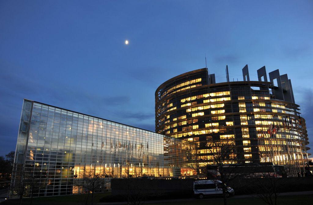 Die Europaabgeordneten arbeiten in Brüssel, aber das Parlament kommt in Straßburg zusammen. Foto: dpa