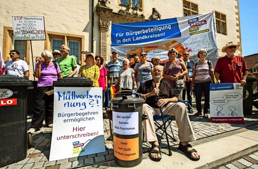 Die Müllverbrennung könnte ein Thema für ein Bürgerbegehren auf Kreisebene sein. Doch in Baden-Württemberg und Hessen ist das nicht möglich. Foto: Michael Steinert