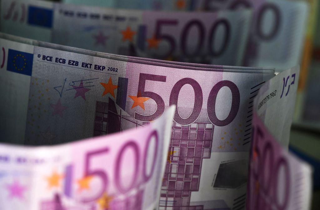 In dem Umschlag befanden sich zahlreiche 500-Euro-Scheine. Foto: dpa-Zentralbild