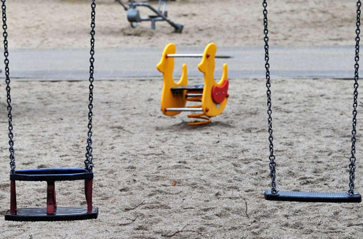Die Zahl derjenigen,  die sich aufgrund ihrer Kinderlosigkeit stigmatisiert und diskriminiert fühlen, ist einer Studie zufolge deutlich gestiegen. Foto: Matthias Hiekel/zb/dpa