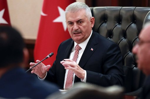 Türkische Regierung bekennt sich zu Flüchtlingspakt