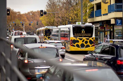 Kuhn stimmt bei Busspur gegen Grüne