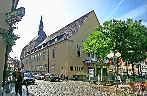 Kommt  die Bücherei in die Franziskanerkirche?