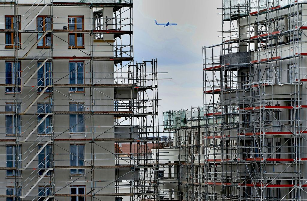 Bauen, bauen, bauen: 2000 neue Wohnungen sollen in L.-E. bis 2030 entstehen –  sowie 1000 als Ersatz für vorhandene, in die Jahre gekommene Wohnhäuser. Foto: dpa