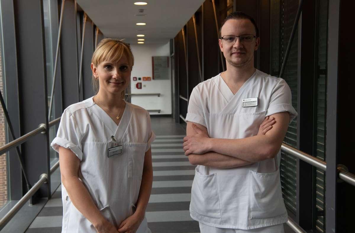Marie Sohn und Philipp Wiemann sind Pflegerin und Pfleger des Jahres. Foto: dpa/Paul Zinken