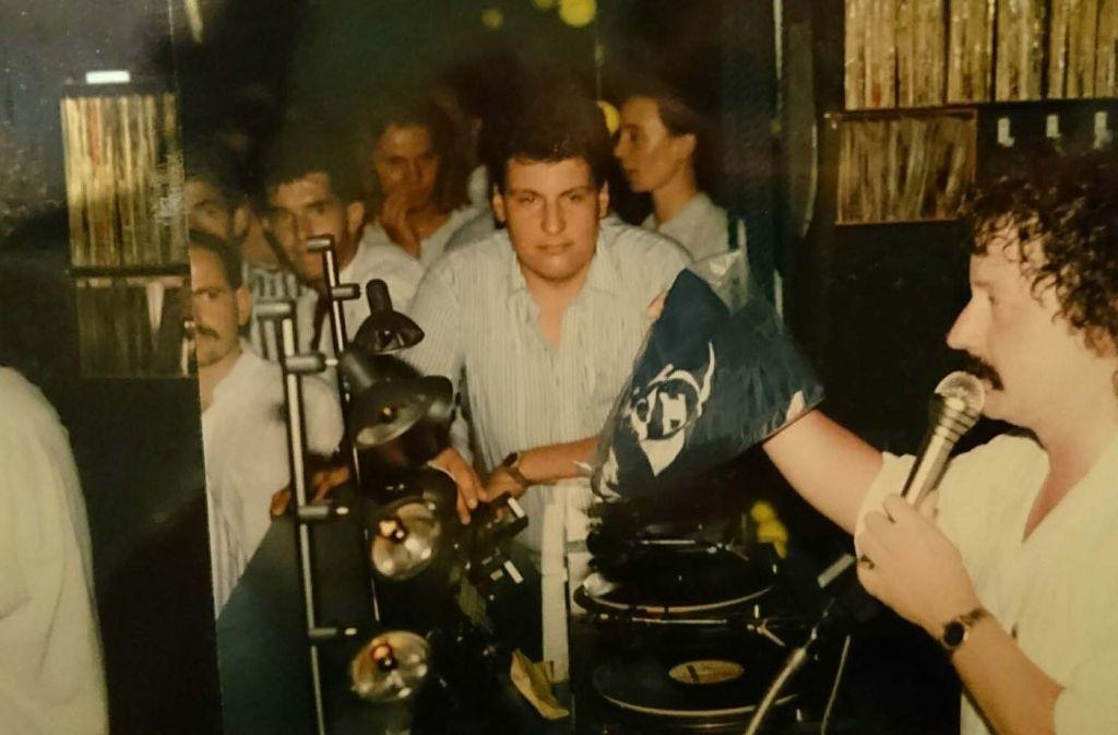 1987 feierten die Stuttgarter gemeinsam mit DJ Steffan, DJ Boddy und Entertainer DJ Sloggie den 10. Geburtstag der Boa. Foto: Andreas Rosar Fotoagentur-Stuttgart